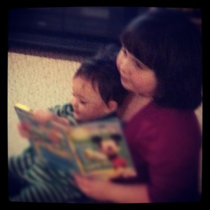 A love of reading runs in the family!